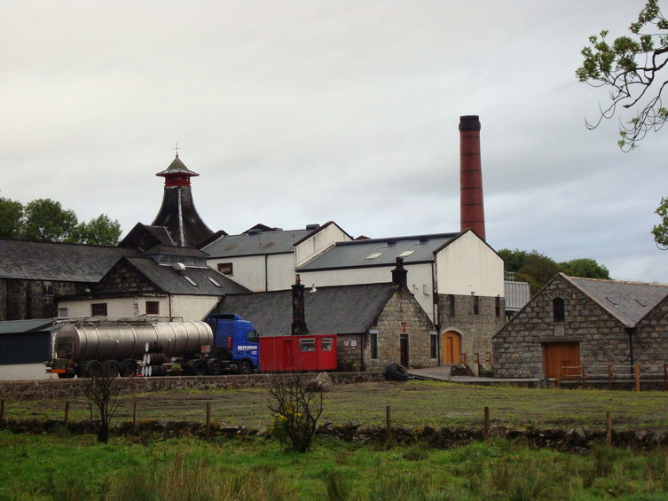 Distillery Knockhdu ( An Cnoc )