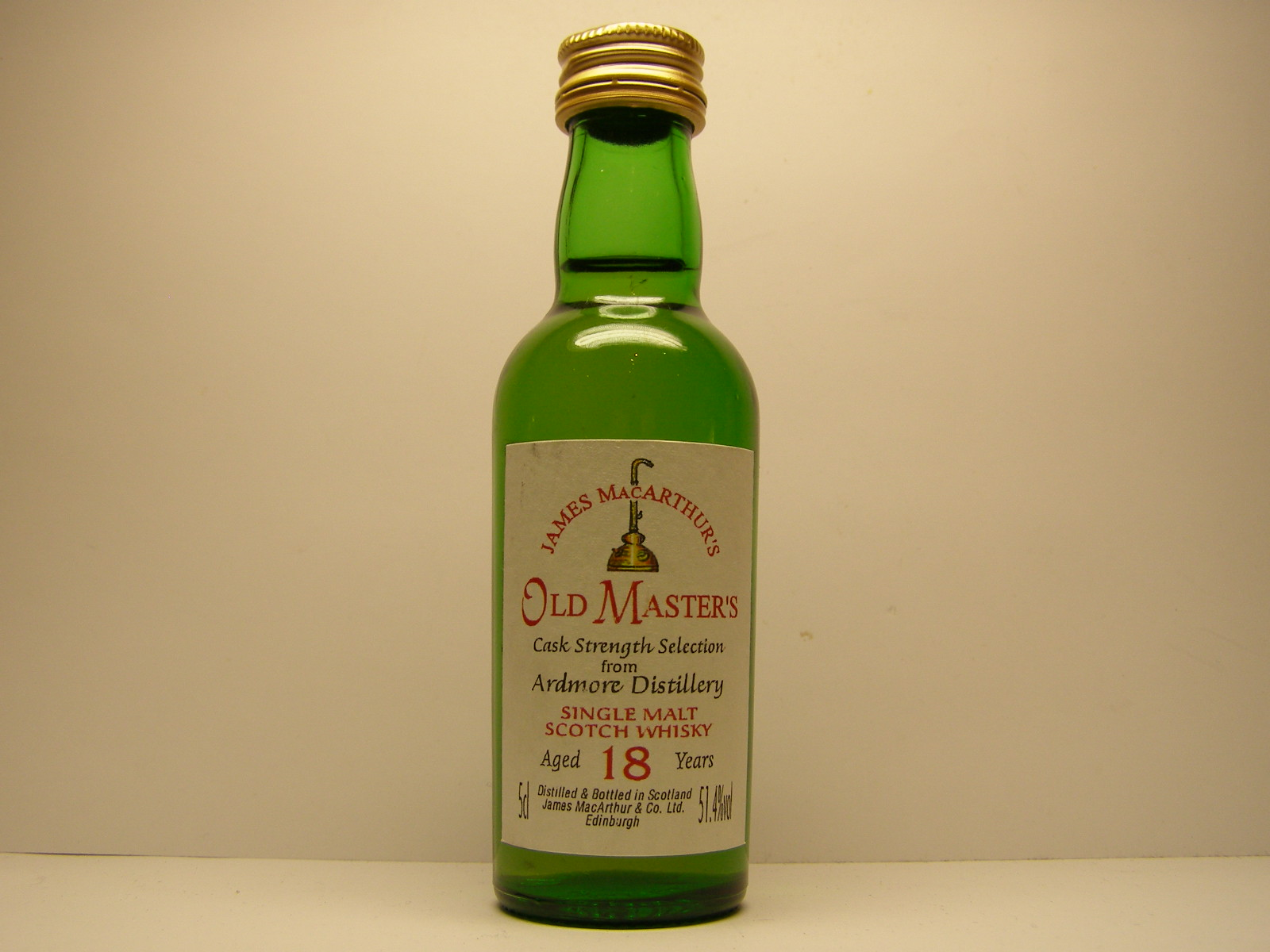"OLD MASTER´S SMSW 18yo ""James MacArthur´s"" 5cl 51,4%vol"