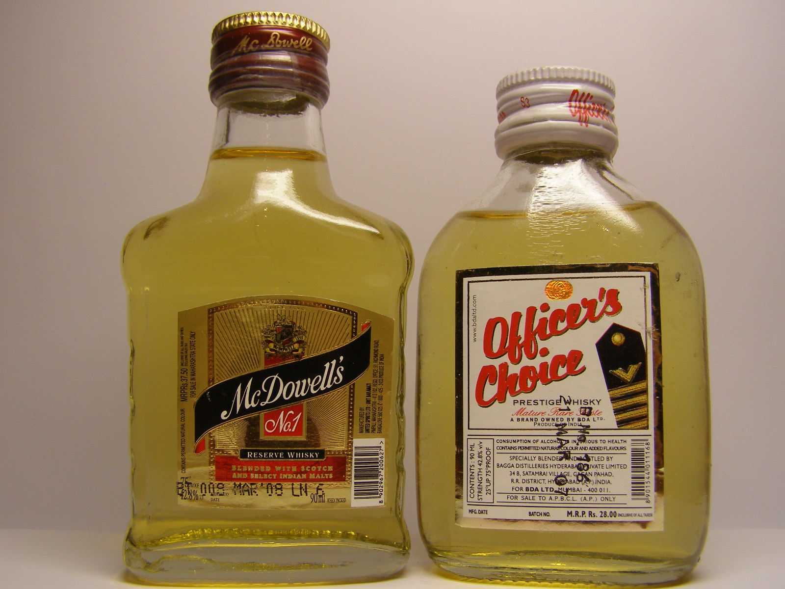 McDOWELL´S , OFFICER´S CHOICE