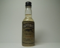 8yo 4.9cl. 43% Vol. G.L. 75´Proof.