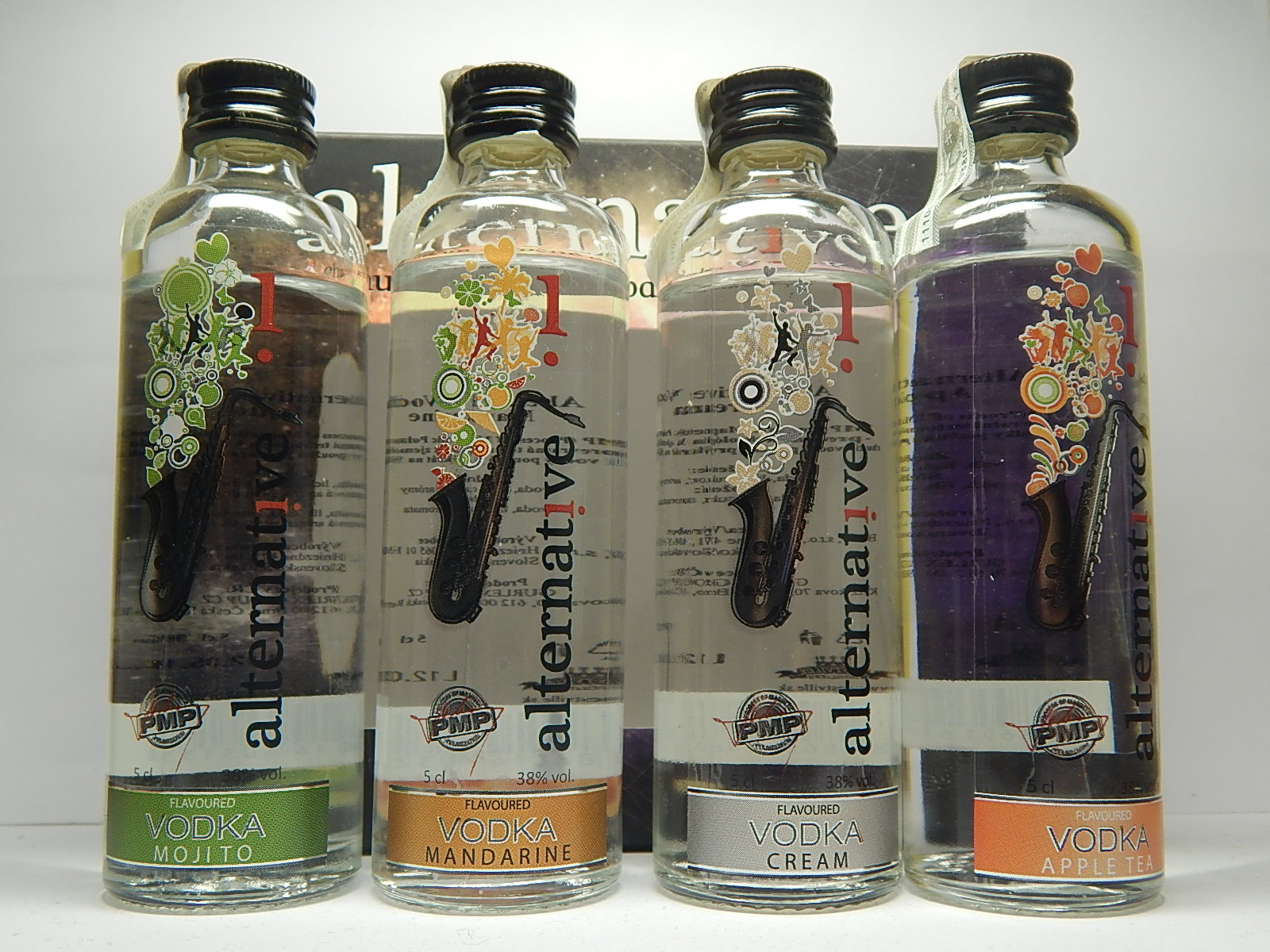 NESTVILLE Vodka set